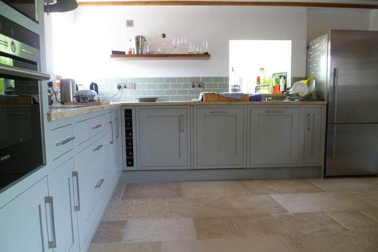 traditional framed shaker panel kitchen