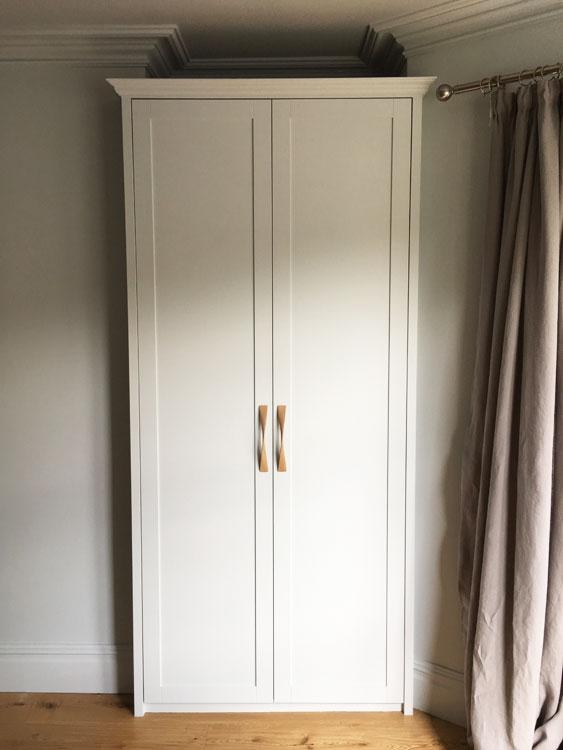 Shaker Panel fitted wardrobe Bristol