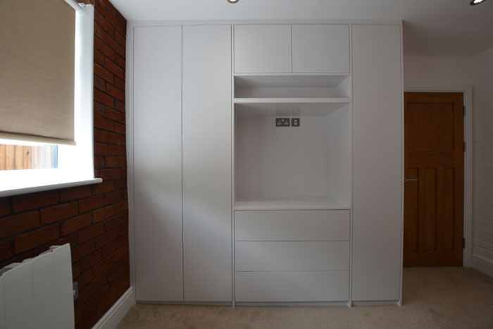 Built in wardrobe bedroom storage